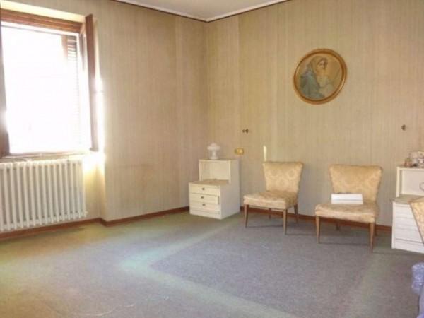 Casa indipendente in vendita a Gallarate, 240 mq - Foto 4