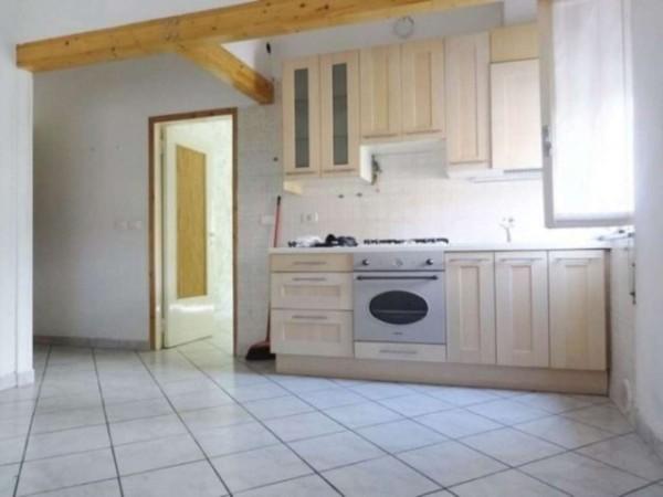 Appartamento in vendita a Gallarate, 60 mq