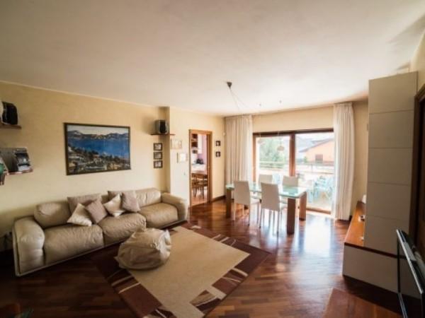 Appartamento in vendita a Busto Arsizio, Centrale, 100 mq