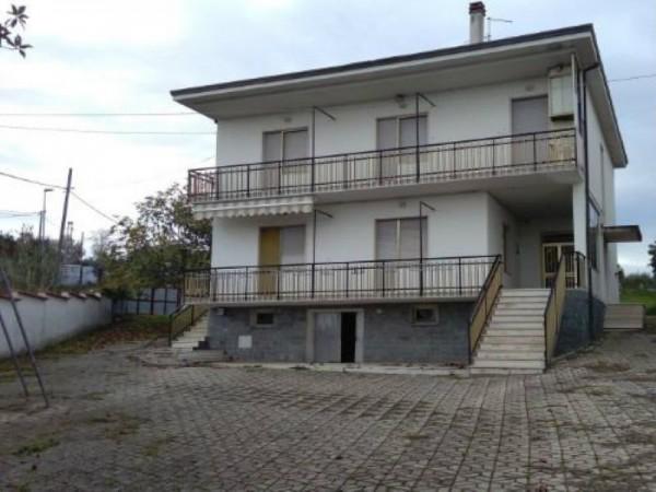 Casa indipendente in vendita a Francavilla al Mare, 300 mq