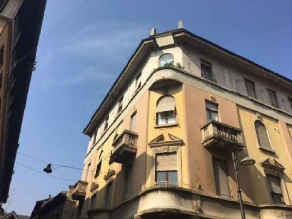 Appartamento in vendita a Busto Arsizio, Piazza Santa Maria, 150 mq - Foto 1