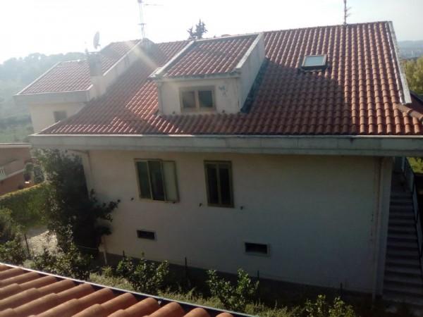 Villa in vendita a Pescara, 250 mq