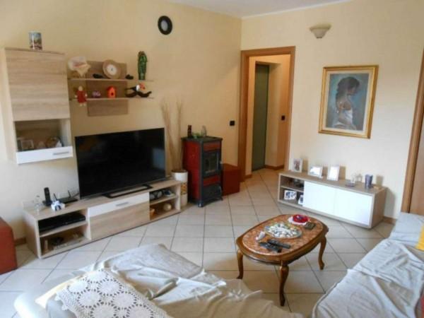Villetta a schiera in vendita a Palazzo Pignano, Residenziale, Con giardino, 155 mq