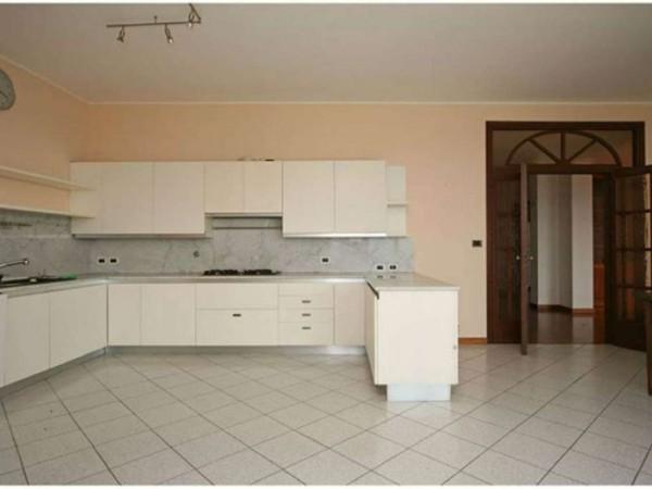 Appartamento in affitto a Moncalieri, Castello, 350 mq - Foto 17