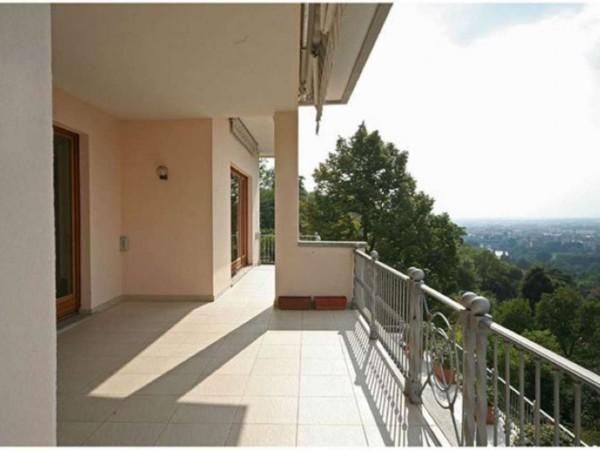 Appartamento in affitto a Moncalieri, Castello, 350 mq - Foto 1
