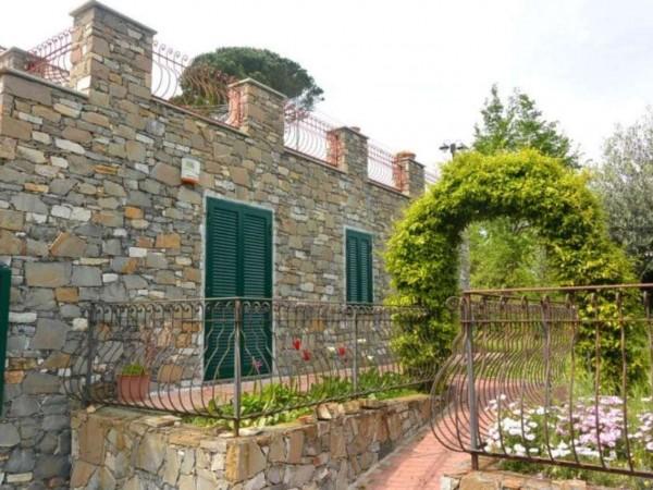 Villa in vendita a Noli, Luminella, 170 mq