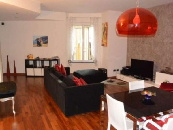 Appartamento in vendita a Savona, 110 mq