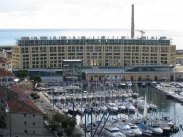 Appartamento in vendita a Savona, 100 mq