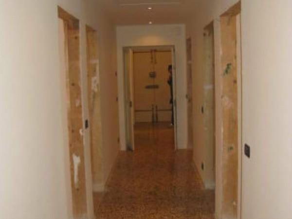 Appartamento in vendita a Savona, Centro, 190 mq - Foto 2