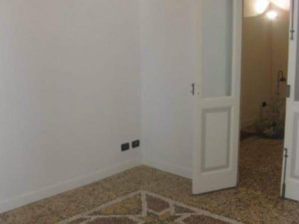 Appartamento in vendita a Savona, Centro, 190 mq