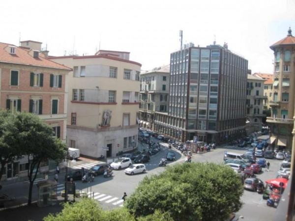 Ufficio in vendita a Savona, Centro Storico, 220 mq