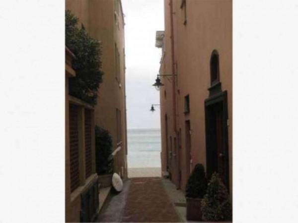 Appartamento in vendita a Finale Ligure, 100 mq - Foto 2