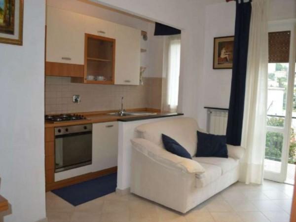 Appartamento in vendita a Recco, Piazzale 2 Giugno, Con giardino, 50 mq