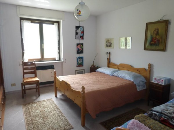 Casa indipendente in vendita a Vicoforte, Santuario, 250 mq - Foto 2