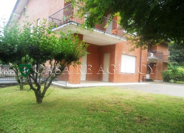 Appartamento in vendita a Varese, S. Ambrogio, Con giardino, 150 mq