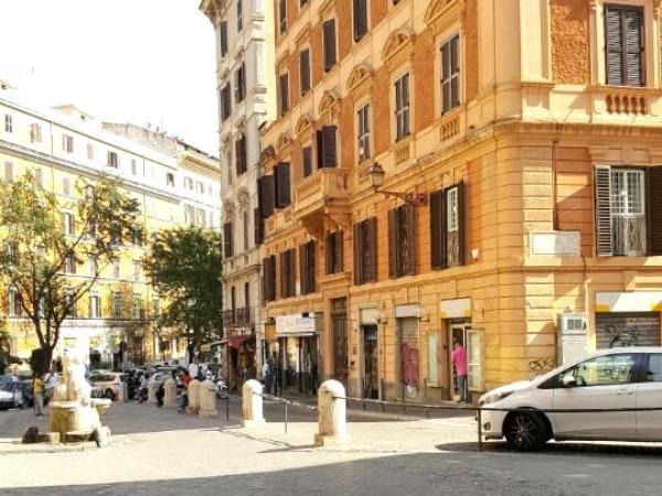 Locale Commerciale  in vendita a Roma, Esquilino