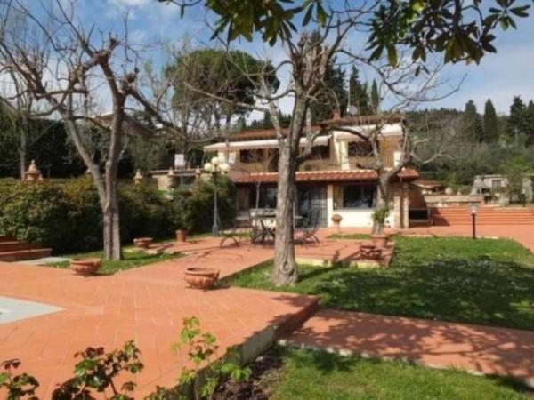 Villa in vendita a Firenze, Settignano, 300 mq