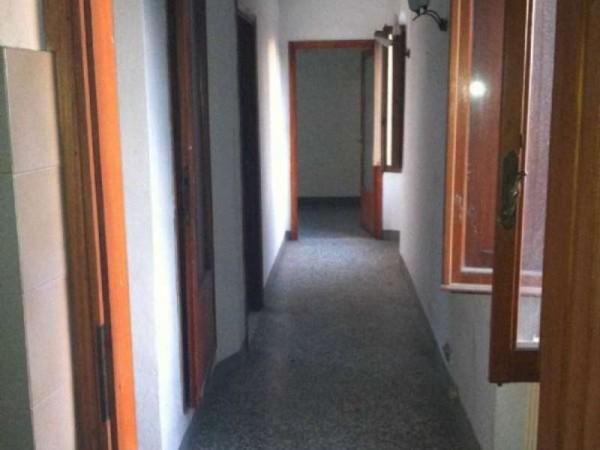 Rustico/Casale in vendita a Reggello, 150 mq