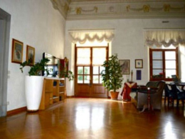 Appartamento in vendita a Sesto Fiorentino, 220 mq