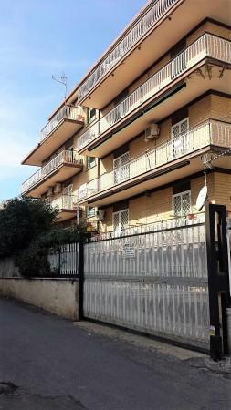 Trilocale in vendita a Roma, Finocchio, 85 mq - Foto 2