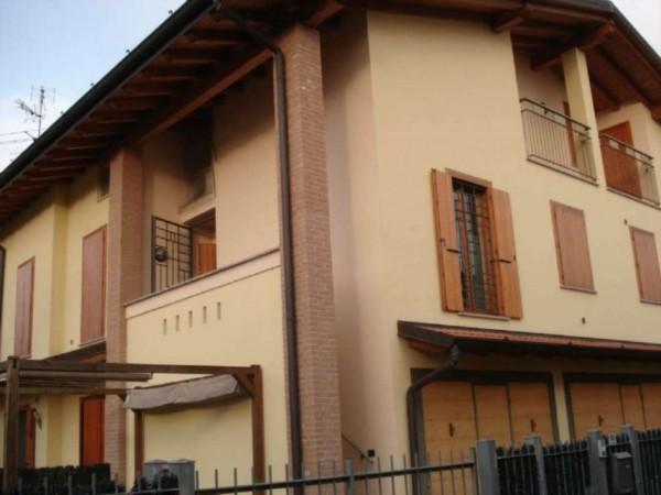 Villetta a schiera in vendita a Trescore Cremasco, Residenziale, Con giardino, 145 mq