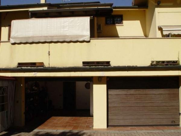 Casa indipendente in vendita a Lesmo, 415 mq - Foto 3