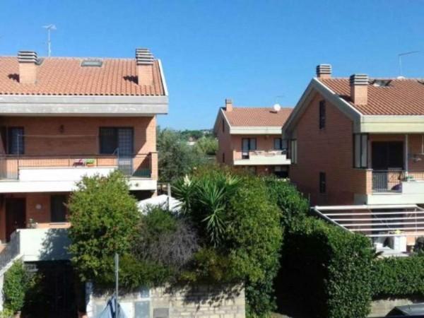 Villetta a schiera in vendita a Roma, Cesano, Con giardino, 180 mq