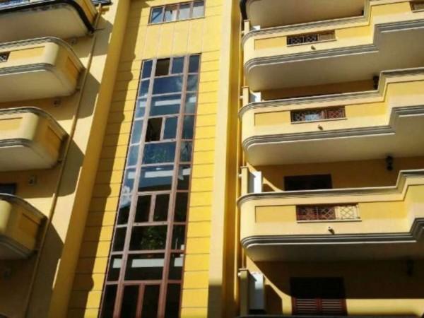 Appartamento in vendita a Caserta, 115 mq