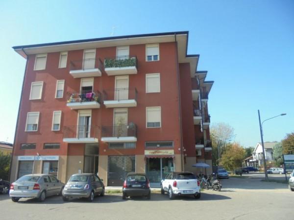 Appartamento in affitto a Abbiategrasso, Semicentrale, 80 mq