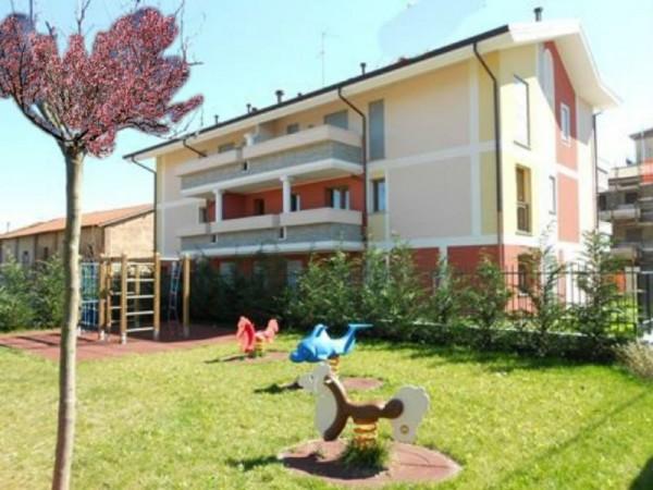 Appartamento in vendita a Castellanza, Centrale, 75 mq