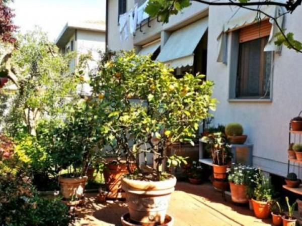 Villa in vendita a Sesto Fiorentino, 250 mq