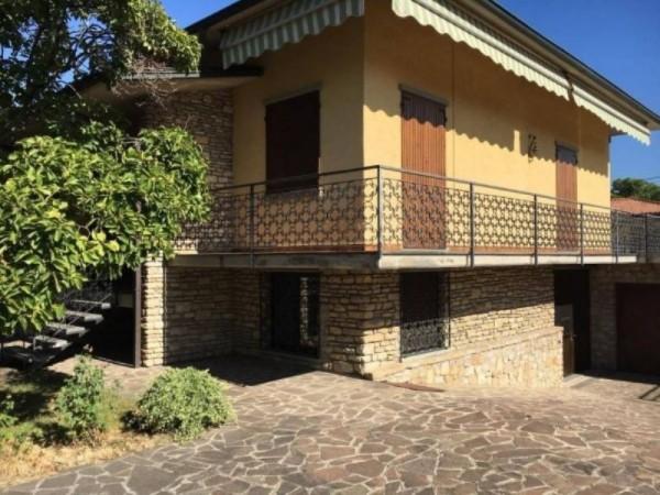 Villa in vendita a Castelli Calepio, 320 mq - Foto 1