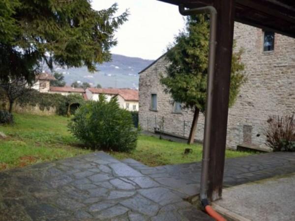 Villa in vendita a Grumello del Monte, 350 mq