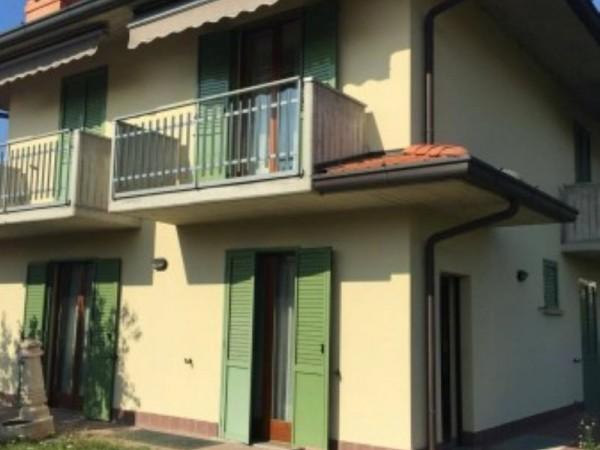 Villa in vendita a Telgate, 294 mq
