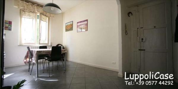 Appartamento in vendita a Siena, 90 mq