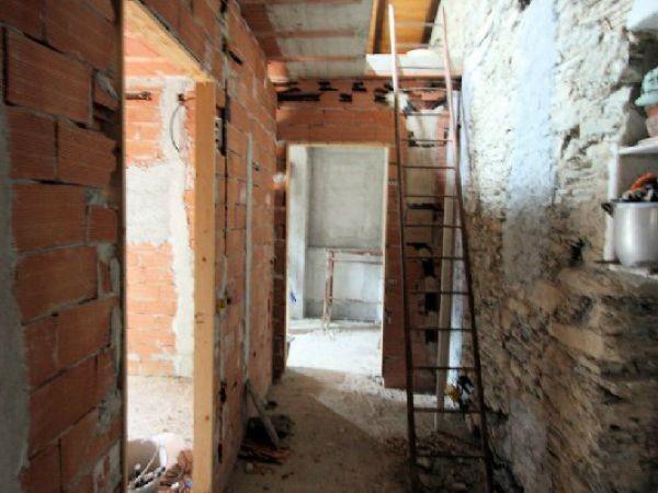 Casa indipendente in vendita a Avegno, Con giardino, 150 mq