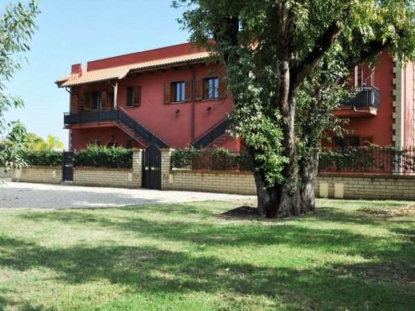 Appartamento in vendita a Roma, Borgo De Meruli, Con giardino, 90 mq