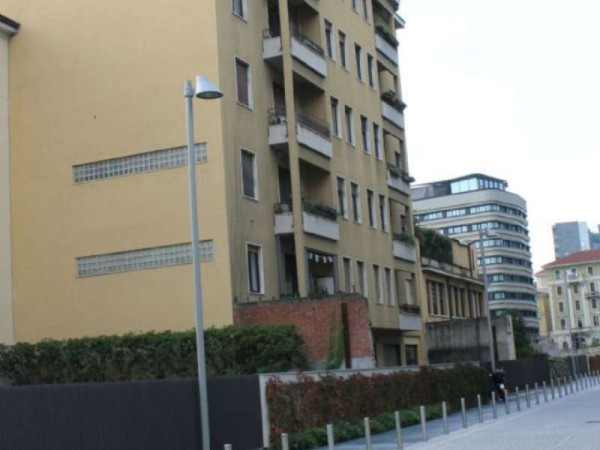 Appartamento in vendita a Milano, Repubblica, 120 mq - Foto 3