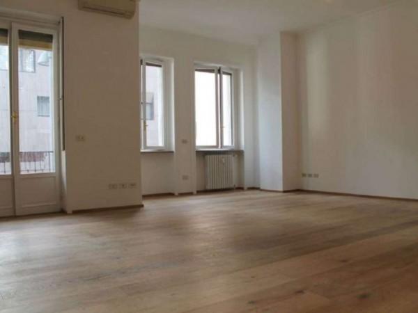 Appartamento in vendita a Milano, Repubblica, 120 mq