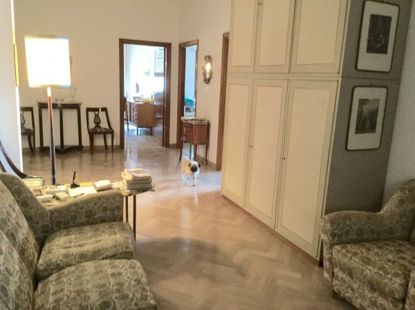 Appartamento in vendita a Firenze, 240 mq
