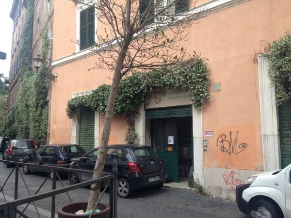 Locale Commerciale  in vendita a Roma, Piazza Della Consolazione, 220 mq - Foto 5