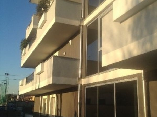 Appartamento in vendita a Legnano, Legnarello, 72 mq