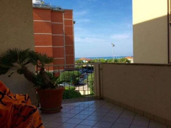 Appartamento in vendita a Viareggio, 150 mq