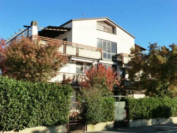 Appartamento in vendita a Garbagnate Milanese, 100 mq