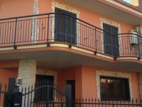 Villa in vendita a Guidonia Montecelio, Villanova Di Guidonia, Con giardino, 120 mq