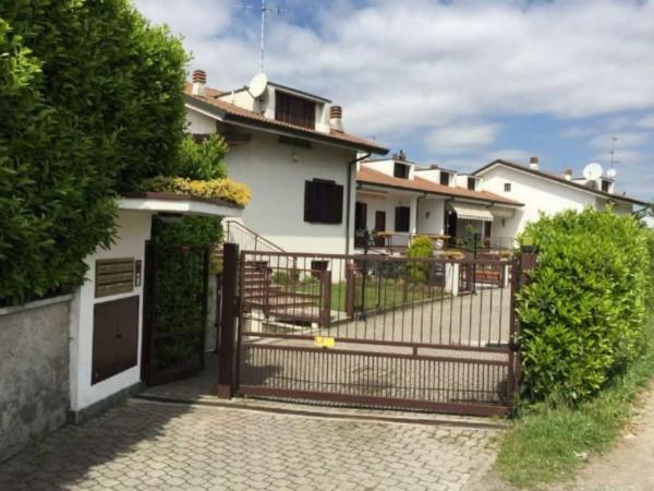Villetta a schiera in vendita a Brugherio, Moia, 220 mq - Foto 1