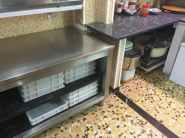 Locale Commerciale  in vendita a Pinerolo, Arredato, 45 mq - Foto 14