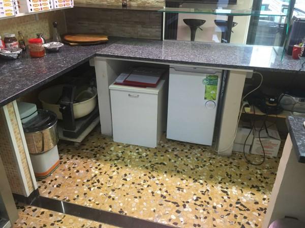 Locale Commerciale  in vendita a Pinerolo, Arredato, 45 mq - Foto 13