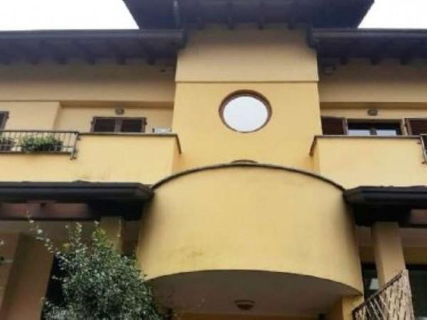 Appartamento in vendita a Casorezzo, Semicentro, Arredato, 180 mq