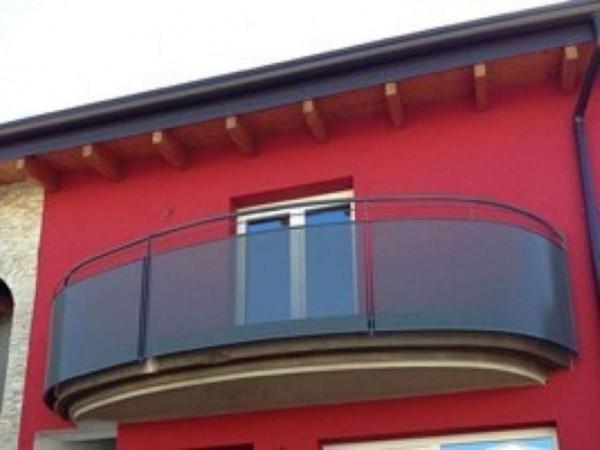 Appartamento in vendita a Caronno Pertusella, 93 mq - Foto 1